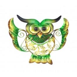 La chouette verte aux ailes déployées, métal et verre coloré, Largeur 15 cm